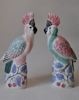 Rye Pottery hand-made and decorated Exotic collection The Cockatoo