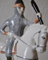 Rye Pottery Hand made and painted - William The Conqueror Bayeux Tapestry Battle of Hastings 1066 Figure1