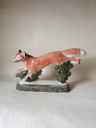 Rye Pottery - English Animals - Hand-made Ceramic Vixen or Fox Front